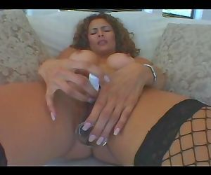 New Wave Latinas Hot MILF..